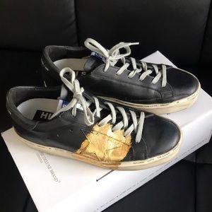 Brand new Golden Goose Hi Star Sneakers